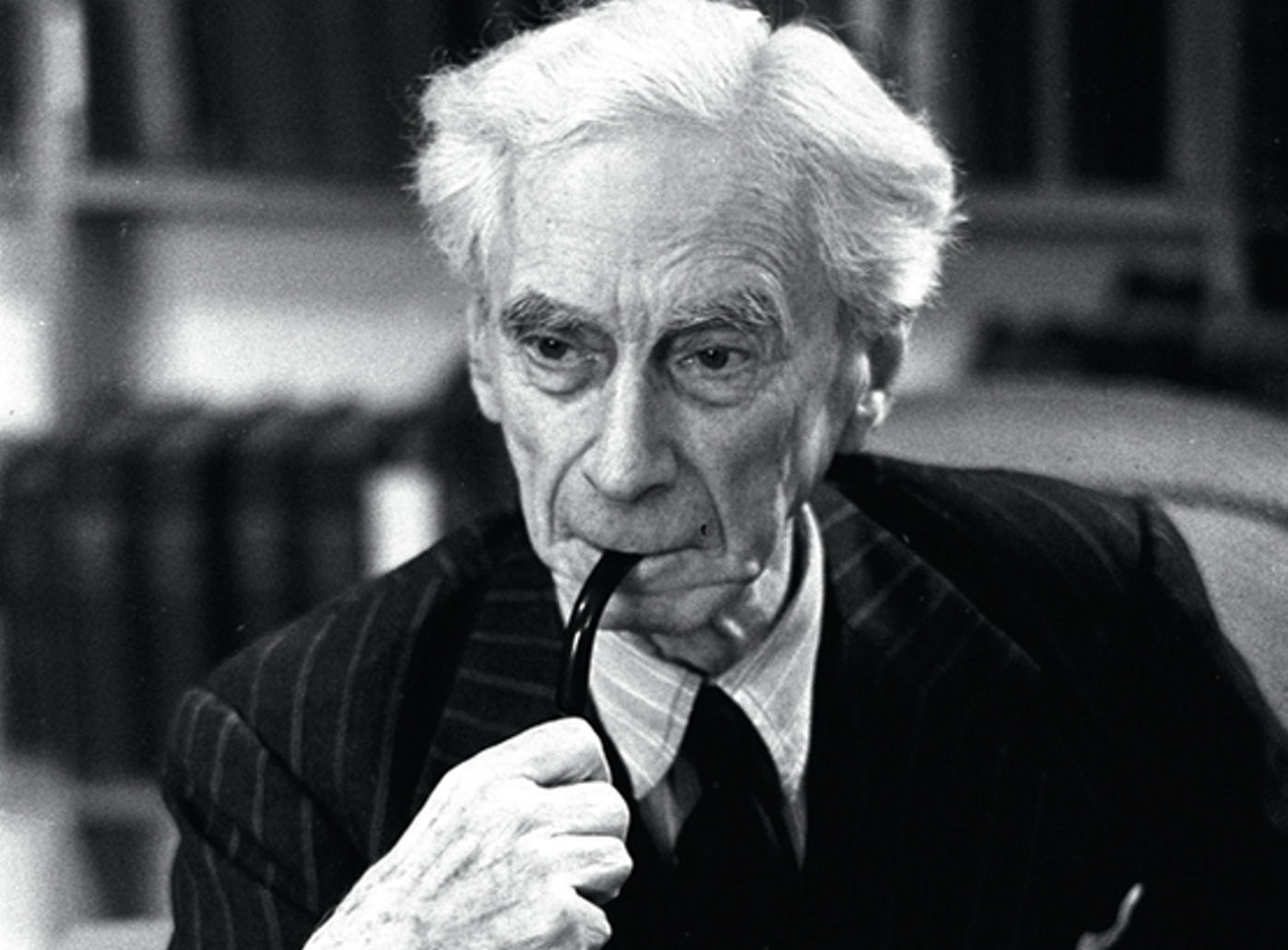 bertrand russell smoking pipe black and white | The Lonely Tribalist
