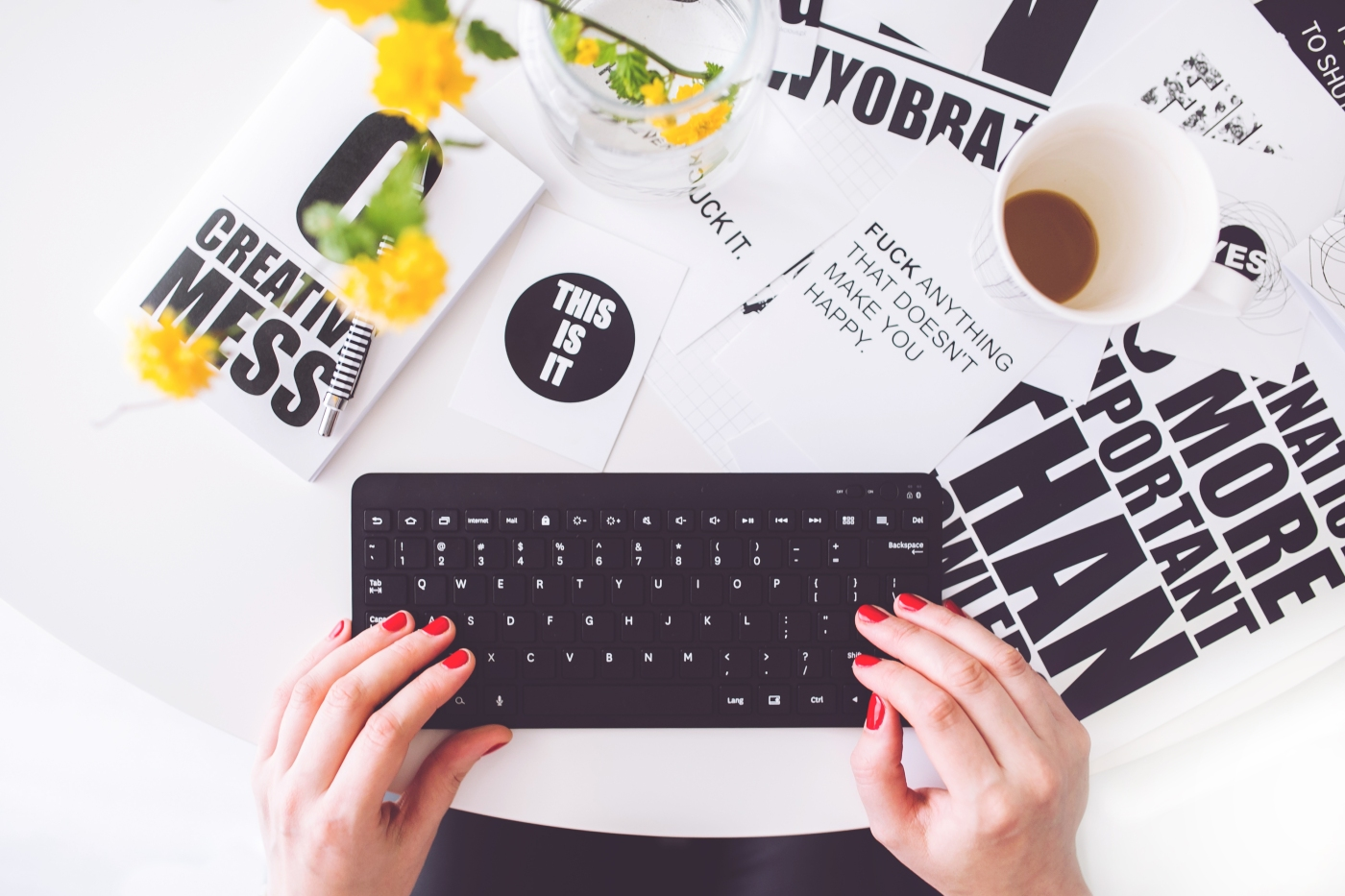 creative writing blogging woman | the lonely tribalist