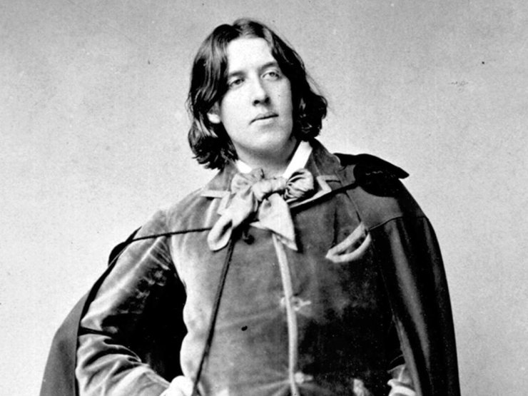 oscar wilde posing portrait | the lonely tribalist