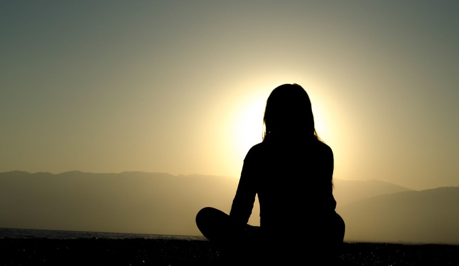 sunset peaceful yoga meditation | the lonely tribalist